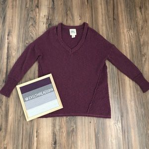 Between me & you sweater (xs)